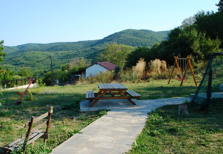 Εικόνες: The area – The village